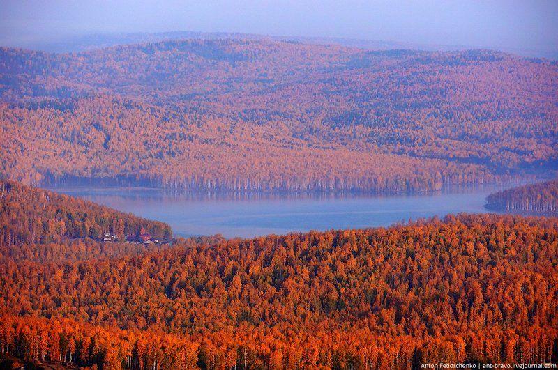 горы, золото, карааш, озеро, осень, южный урал «Серебры» в золотеphoto preview