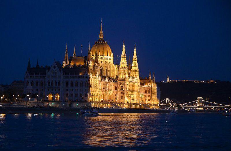 Река дворцы мосты Дворцы и мосты ночного Будапешта.photo preview