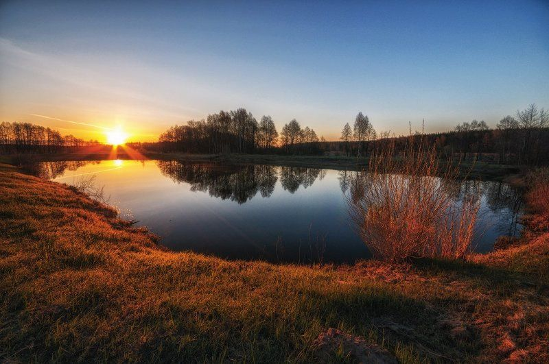 Апрель, Весна, Подмосковье, Пруд, Рассвет Ностальгия по веснеphoto preview