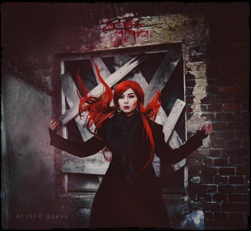 Red\'s portraitphoto preview
