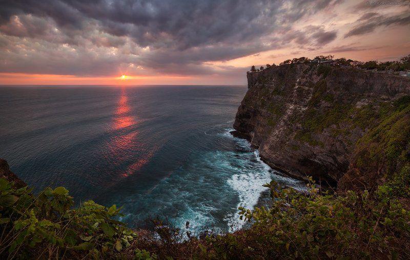 Закат на Бали, Улуватуphoto preview