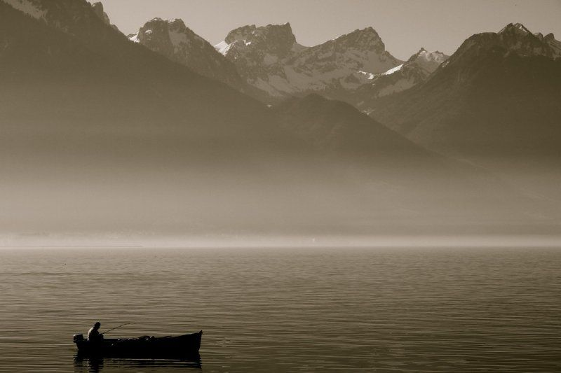 Switzerland, lake, Alps, mountains, bw ***photo preview