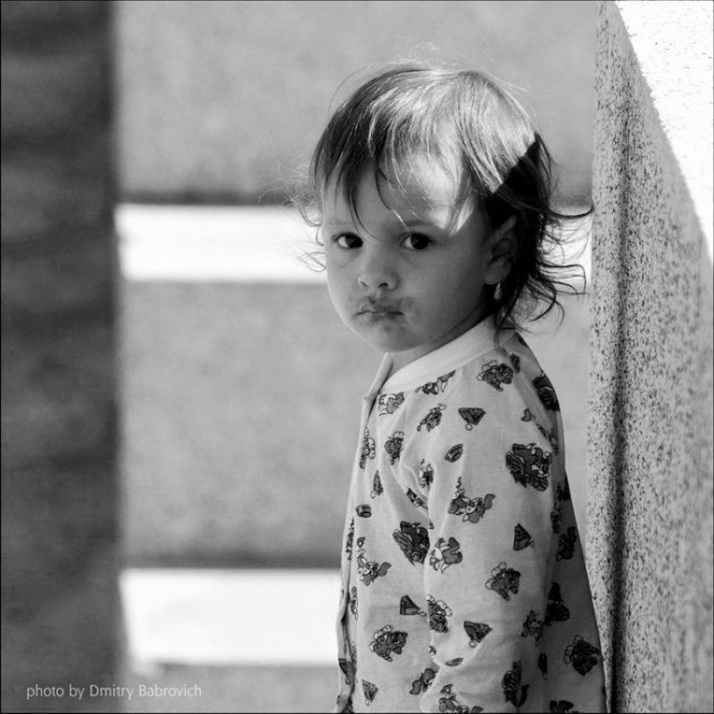 девочка, одиночество, парк весеннее одиночествоphoto preview