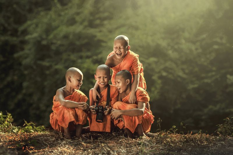 #ancient #asia #asian #boy #bright #buddha #buddhism #buddhist #camera #child #clothes #culture #eyes #faces #faith #friends #monk #myanmar #novice #old #orange #people #person #portrait #read #red #religion #religious #religiously #sony, Novice buddist monk photography.photo preview
