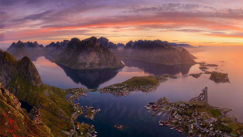 Norway Lofotens Reinebringen Reine Reinephoto preview