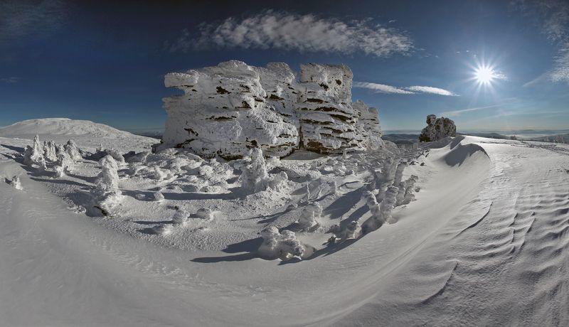 Пейзаж со скалами...photo preview