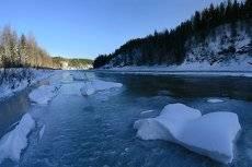 Замерзала река..
