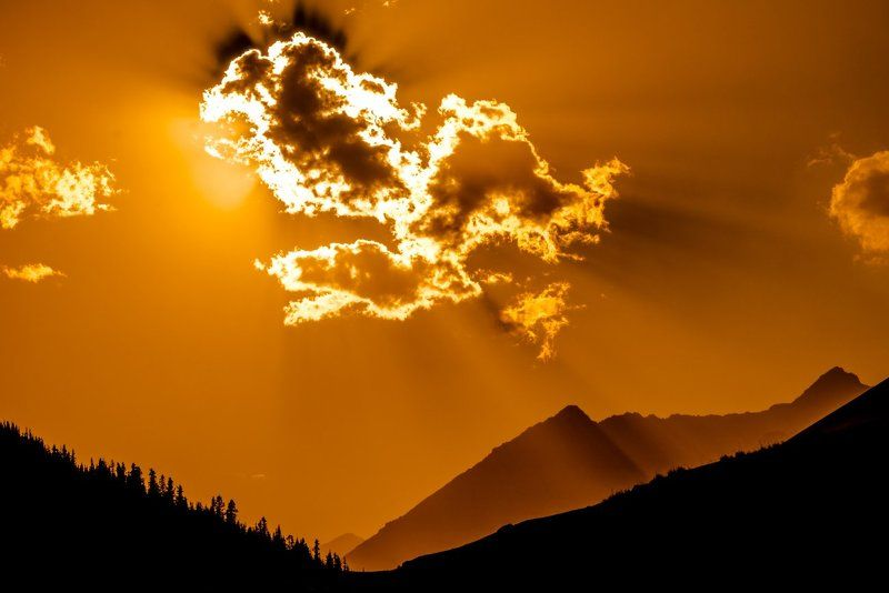 grigoriy bedenko, бозтери, бронзовый век, горная система, горы, григорий беденко, григорьевское ущелье, джайлоо, джайляу, звезды, иссык-куль, киргизия, кунгей-алатау, кюнгёй-алатоо, наскальные рисунки, ночь, облака, петроглифы, река, сакская цивилизация, # Кюнгёй - Алатоо #photo preview