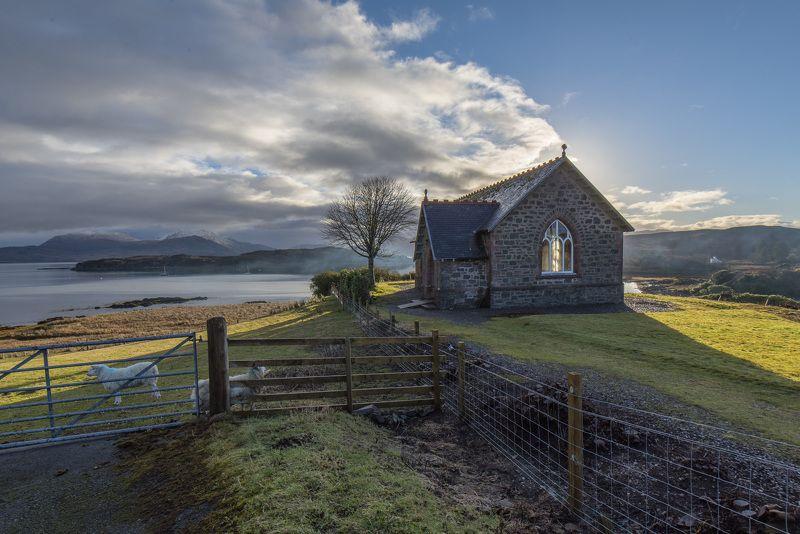 пейзаж, облака, природа, горы, шотландия, утро, солнце Часовня в деревне Айлорнсэйphoto preview
