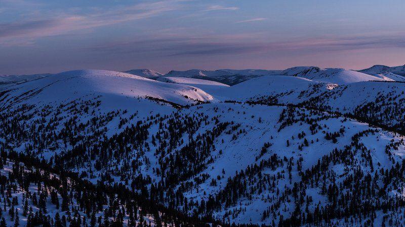 горы, природа, пейзаж, пик Черского, зима, снег, вечер, закат Снег. Вечер. Черский...photo preview