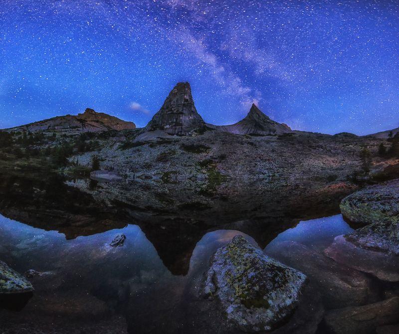 Пейзаж, сумерки, Млечный путь, ергаки, отражение, природа, небо, звездное небо, звезды, парабола Смеркалосьphoto preview