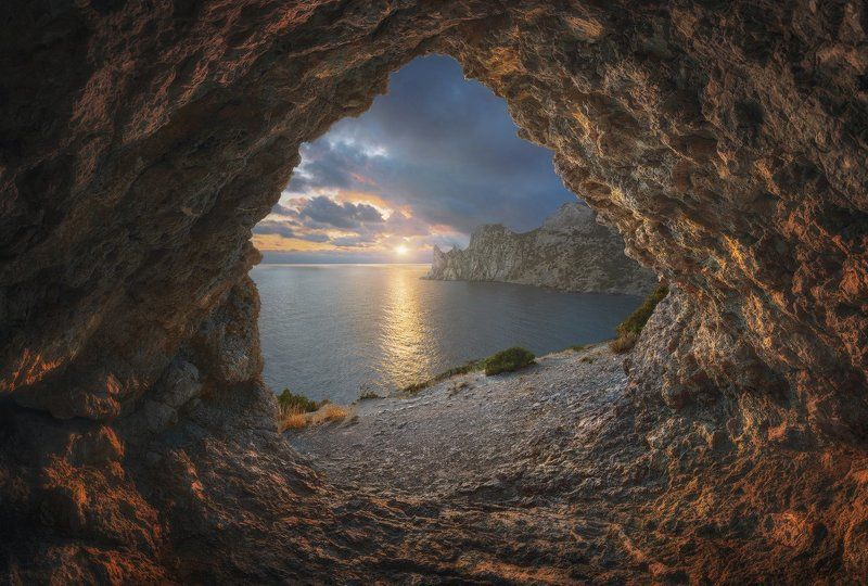 крым Новый Свет. Вечернее солнце.photo preview