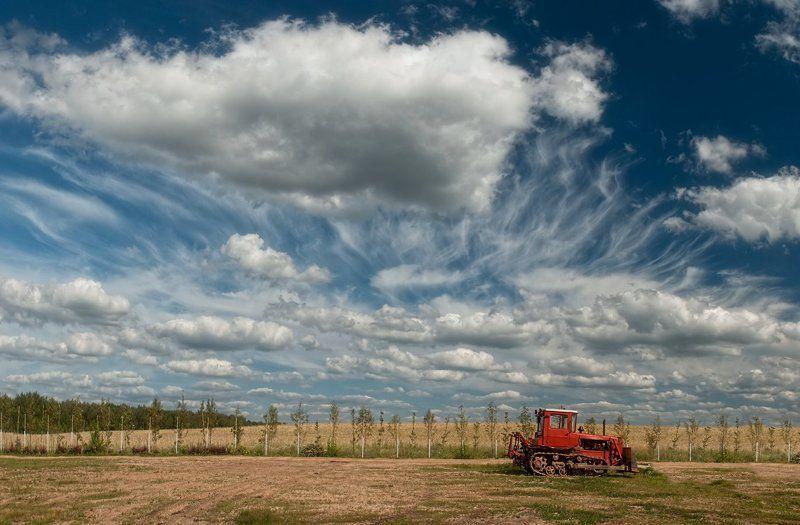 Лето, Облака, Трактор Про тракторphoto preview