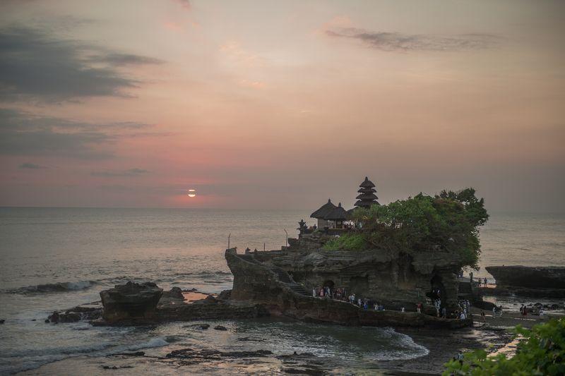 Океан, закат, религия, бали Танах Лотphoto preview