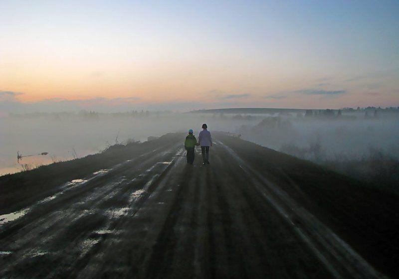 туман,дорога,двое,закат,удмуртия Дорога в неизвестное...photo preview