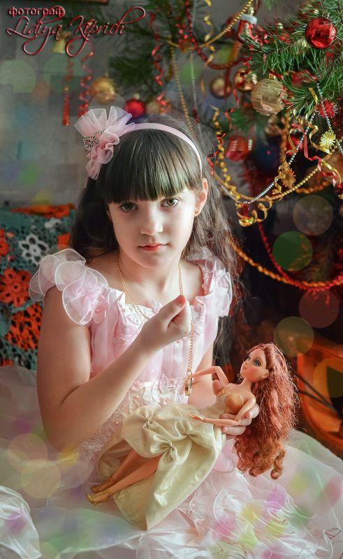 портрет, дети, жанровый портрет, девочка, новогоднее, с новым годом, в стиле, ретро, елка, нежность, настроение, девочка с куклойphoto preview