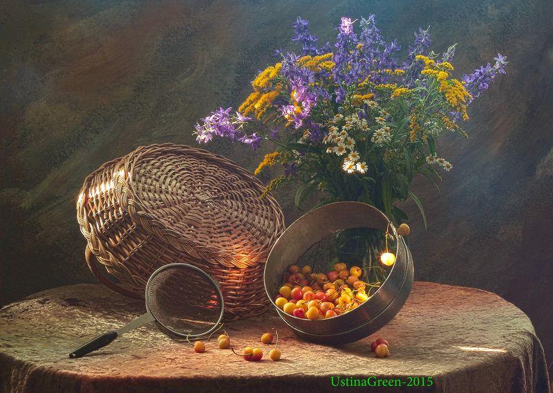 ягоды,фрукты,весна,корзина,сито,цветы,букет Желтая черешняphoto preview