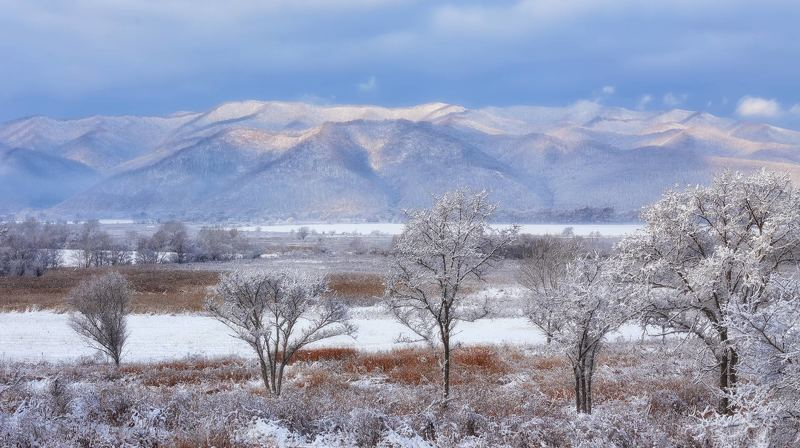 приморье, зима, утро, горы грядаphoto preview