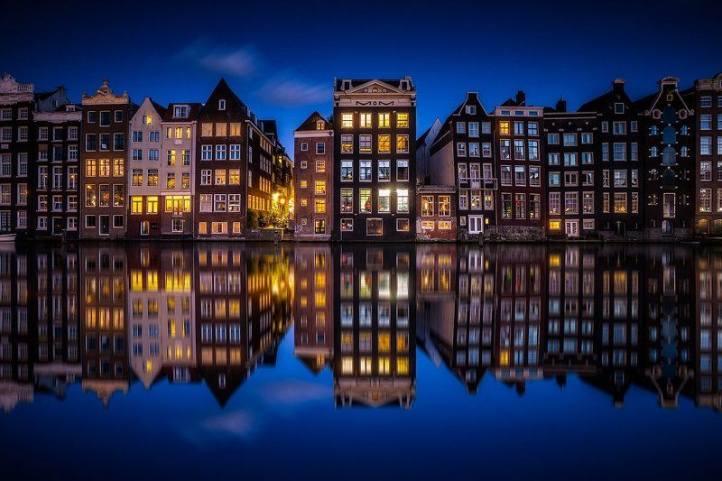 amsterdam canal holland netherland architecture city reflection water night amsterdamphoto preview