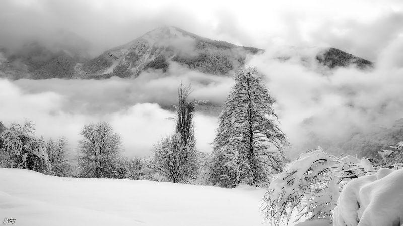 зима гора облака Облака плывут облака....photo preview
