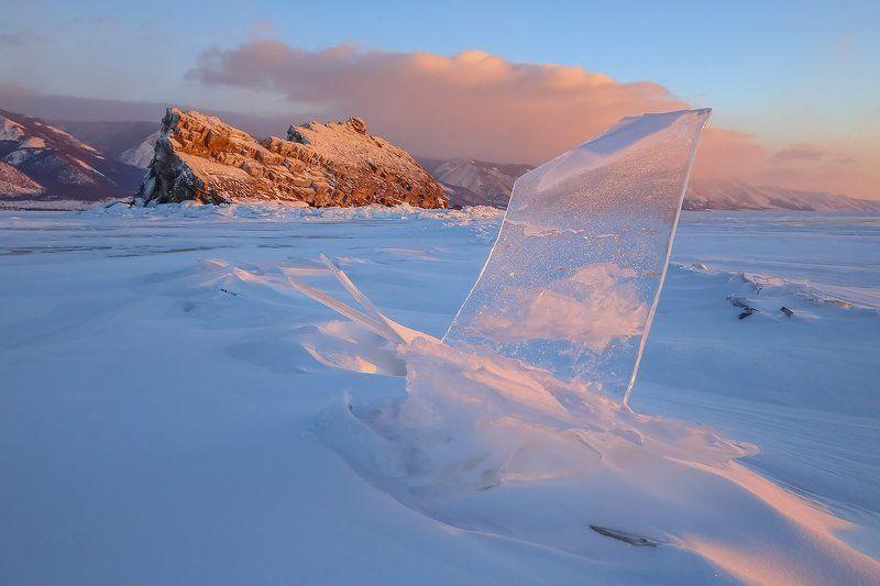 байкал, еленка, лед, снежник, рассвет, льдинка, иркутская область, ольхон Еленкина льдинкаphoto preview