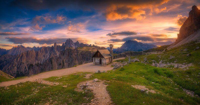 tre cime di lavaredo italy italia landscape sunset church peaks mountain tre cime di lavaredophoto preview