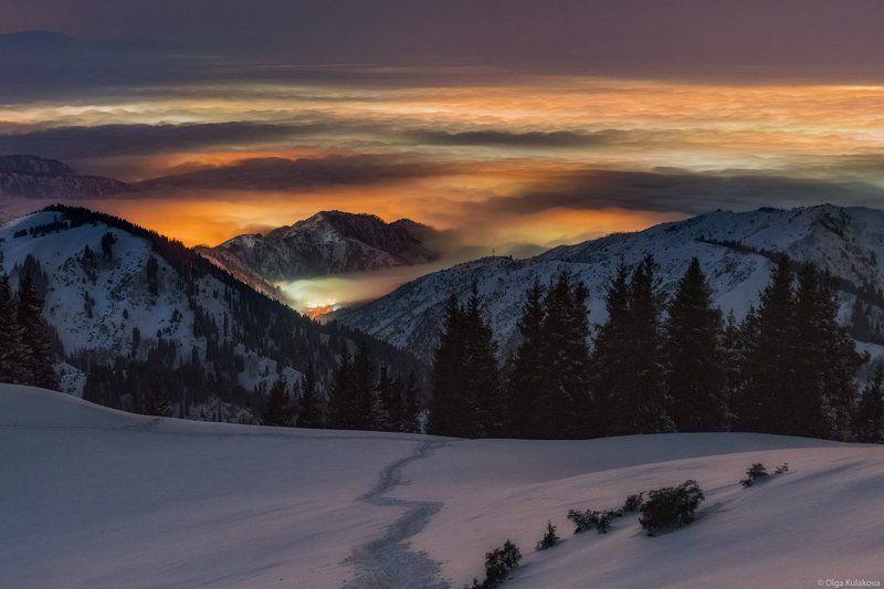 ночь, горы, облака, бутаковское ущелье Ночь в Бутаковском ущельеphoto preview