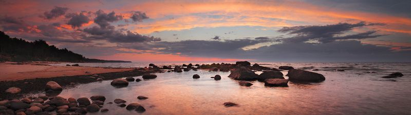 латвия, вечер, море, облака, купол, закат, камни, курмрагс, панорама Облачный куполphoto preview