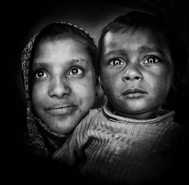 Портрет, лица, жанровый портрет, Roman Mordashev photography, Черно белая фотография Брат и сестраphoto preview