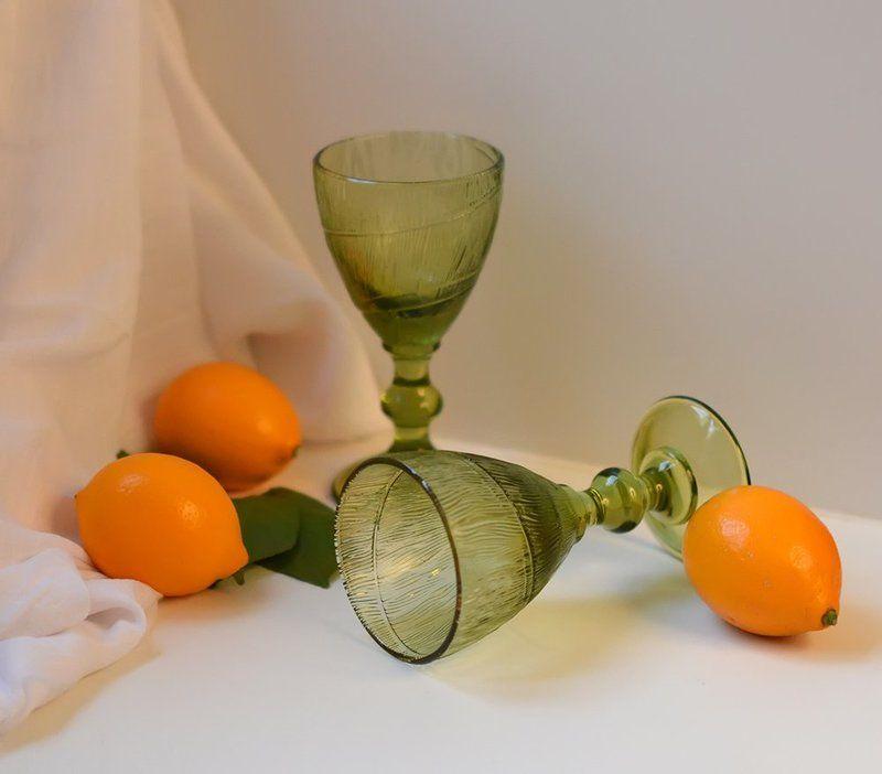 Лимоны,бокалы,кувшин. Весеннее настроениеphoto preview