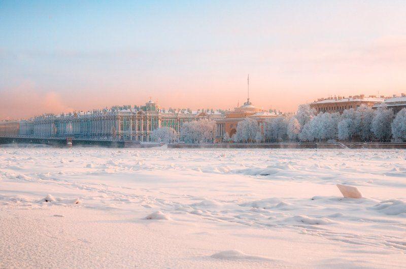 Петербург, Адмиралтейство, Зимний дворец, Нева, зима, лёд, снег Свет январяphoto preview