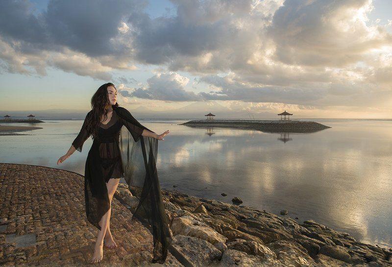 Танец души под музыку рассветаphoto preview