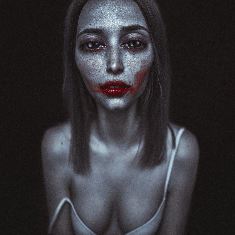 портрет, digital-photo,  Принуждениеphoto preview