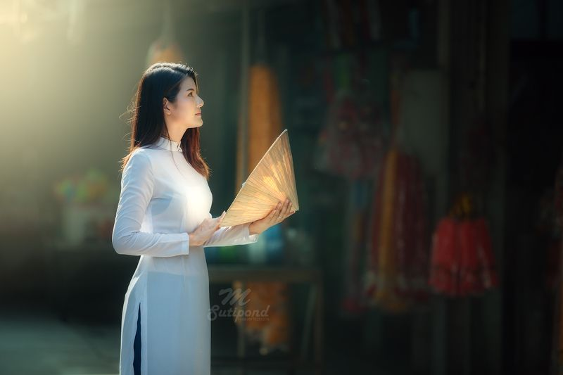 vietnam,portrait,asia women, Ao Dai Vietnamesephoto preview