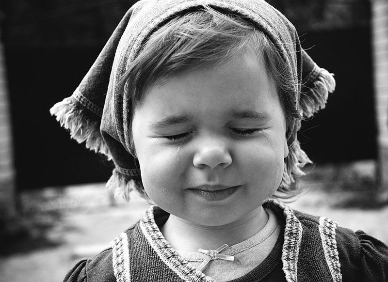 ребенок, чистые слезы Crying Sophiephoto preview