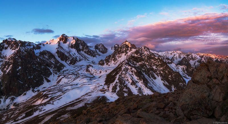 расссвет, горы, заилийский алатау, ледник богдановича Горный рассветphoto preview