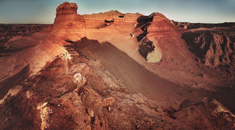 Каньон Хармен-Цсав в пустыне Гобиphoto preview