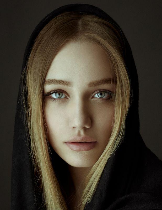 portrait eyes persiangirl girl art babakfatholahi ***photo preview