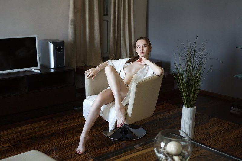 girl, lingerie, nude, portrait, light ***photo preview