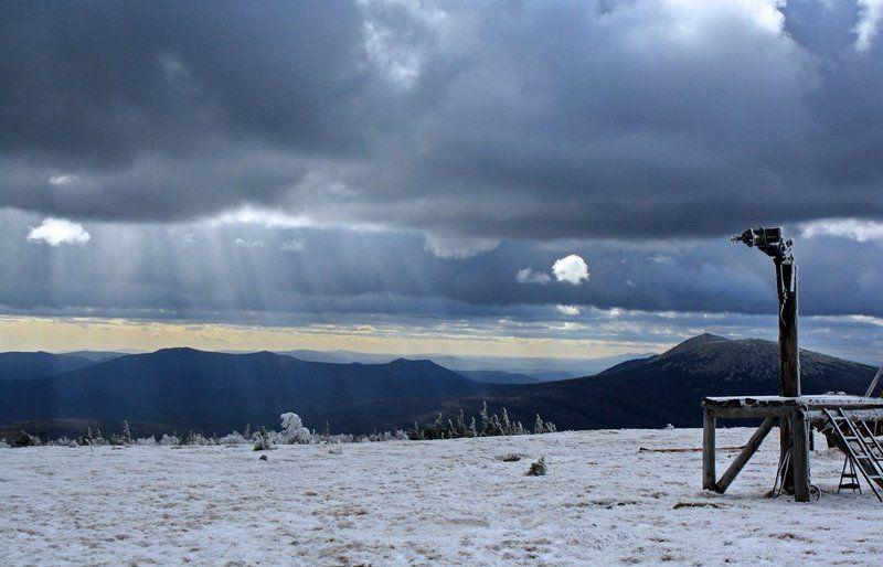 горы, таганай, метеостанция Таганайphoto preview