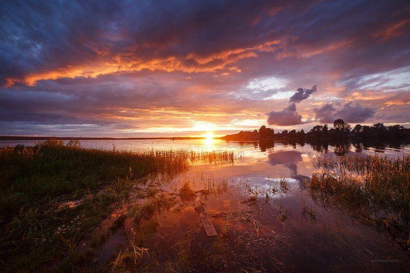 лето, закат, вечер, вода, река, отражение Летний закатphoto preview