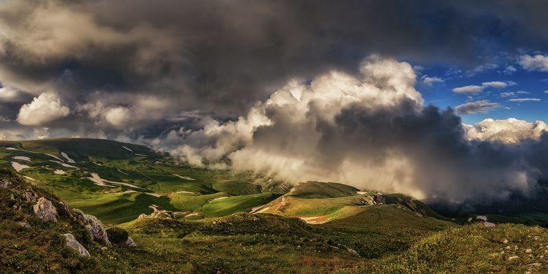 оштен,облака,горы, лето, рассвет, кавказ, адыгея, нагой-чук, абадзеш, У Оштена, на исходе дня.photo preview