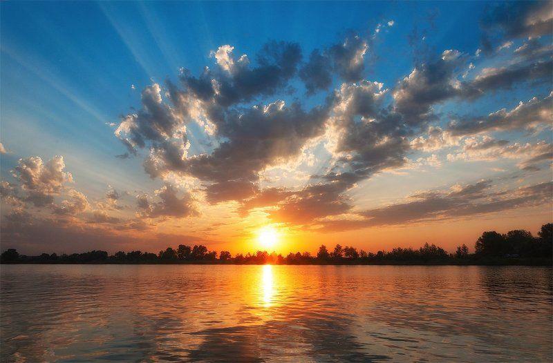озеро, голубое, днепр, украина, закат, камыш, песок, волны, отражение, солнце, лучи Закат над озеромphoto preview