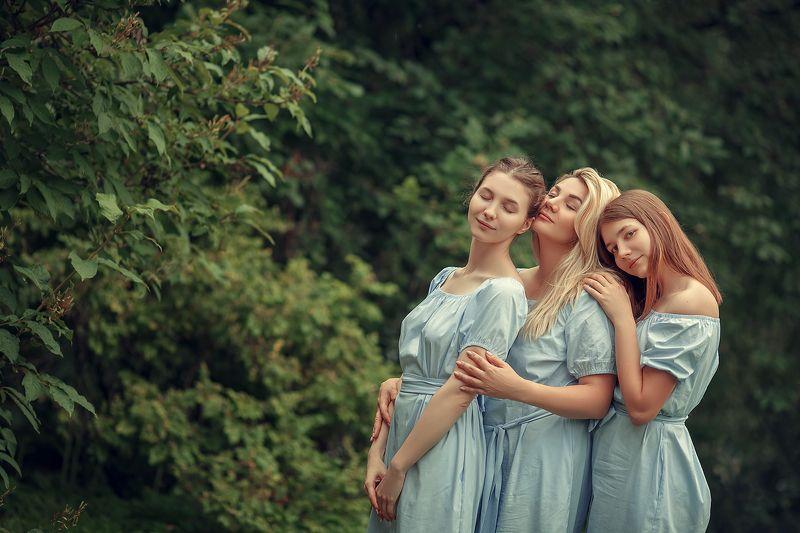 семья, портрет, дети Искры счастьяphoto preview