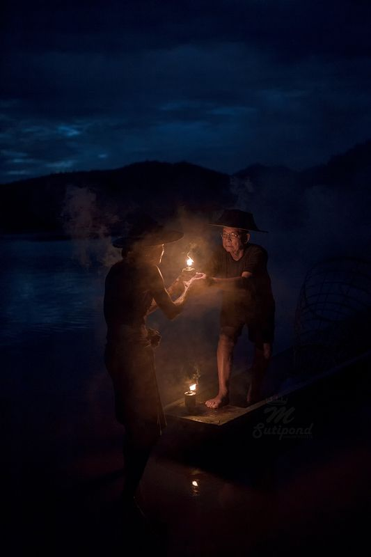 portrait,asia,thailand,mekong,fisherman, Share photo preview