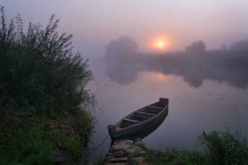 рассвет, утро, туман, лодка, пейзаж, угра, лето, пейзажная съемка Рассвет у водыphoto preview