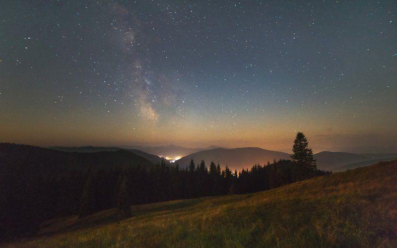 Ночь в горахphoto preview