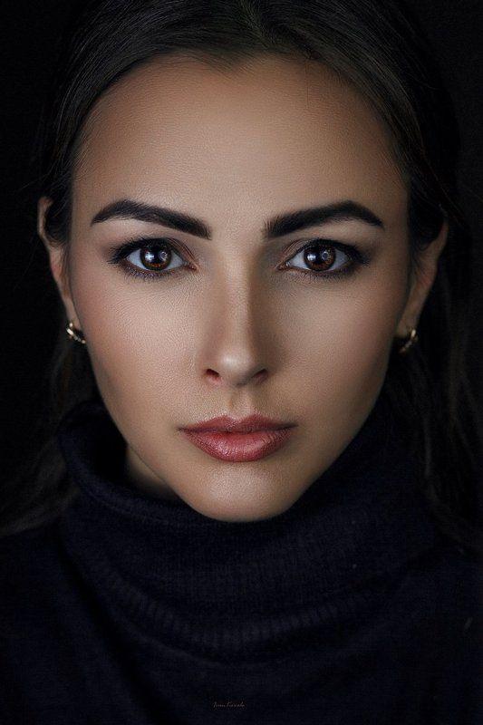 люди, девушка, портрет, студия, брюнетка, взгляд, глаза, низкий ключ, фотокузница, ivankovale Катяphoto preview
