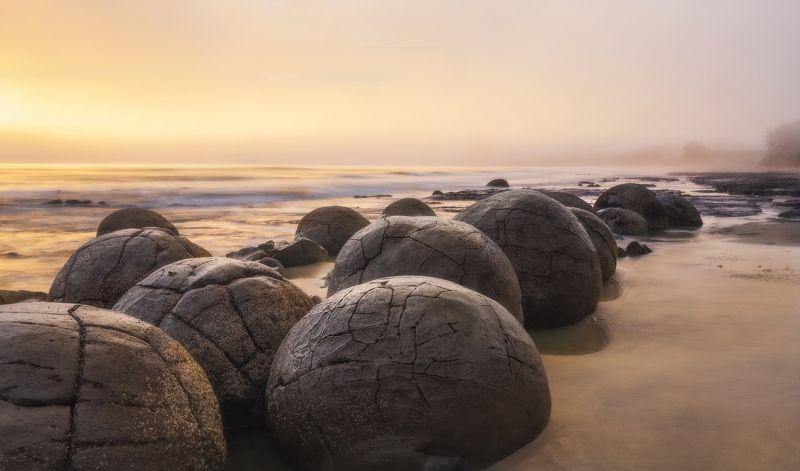 moeraki boulders, nz, sunrise, новая зеландия, моераки Moeraki, New Zealandphoto preview