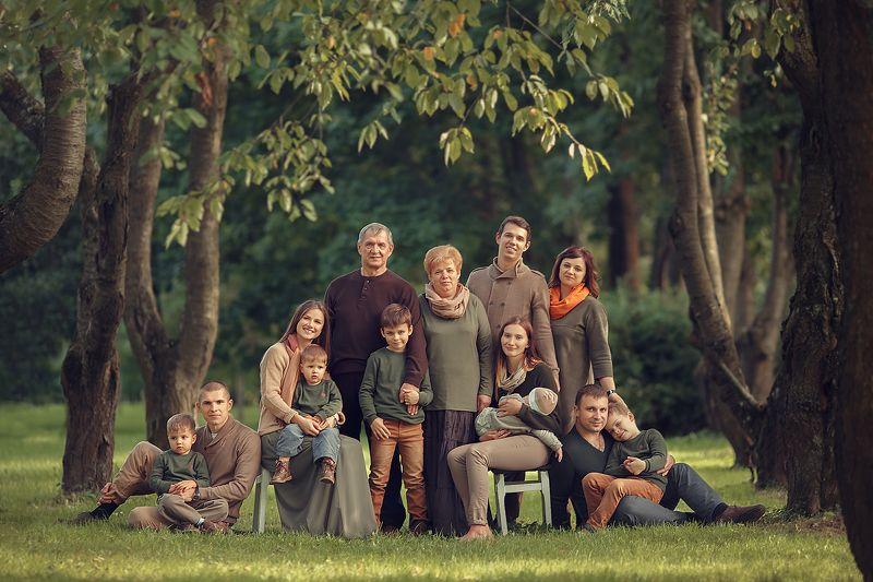 семья, портрет, дети Памятный снимокphoto preview